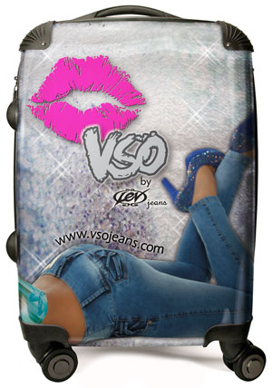 VSO-jeans-suitcase-sample-3